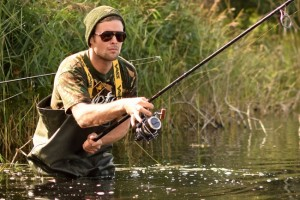 james_armstrong_in_vass-tex_700_chest_wader_carp_fishing__1